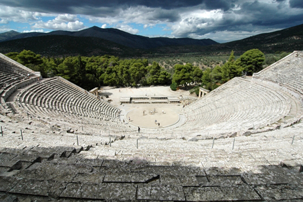 Epidaurus---the-Theater